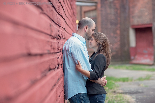 engagement_photos_crown_hammer_restaurant_pub_collinsville_ct