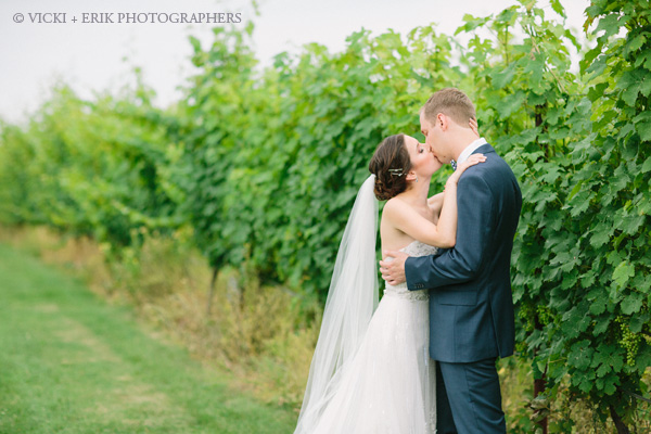wedding_photo_saltwater_farm_vineyard_stonington_CT