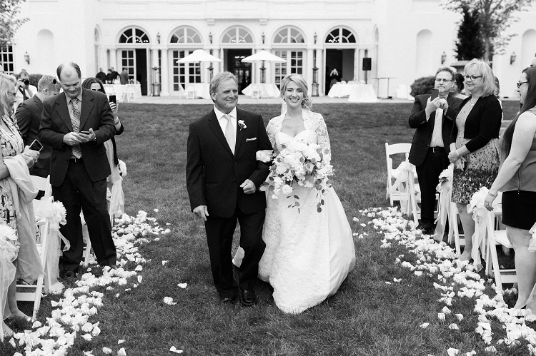 Wadsworth_Mansion_Wedding_Photos_Romantic_Documentary_Photography_Vicki_Plus_Erik_Photographers