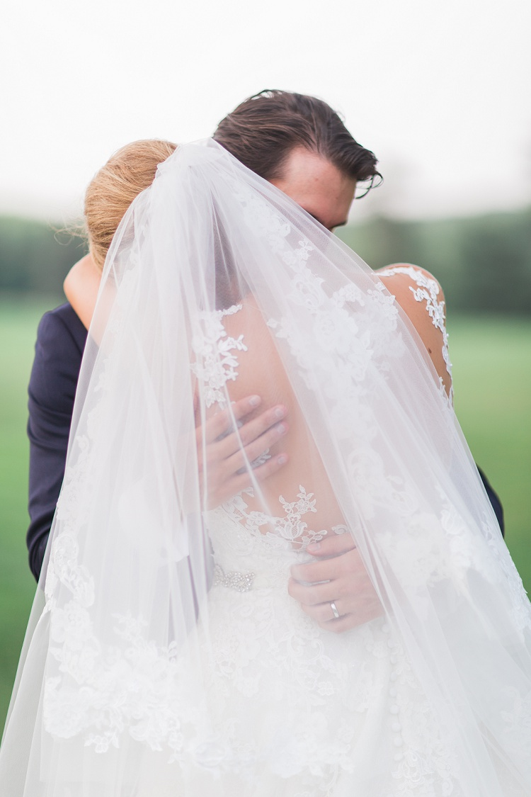he_hartford_golf_club_west_hartford_ct_romantic_elegeant_timeless_wedding_photos