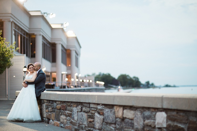 Glen_Island_Harbour_Club_Modern_Timeless_Romantic_Wedding_Photos_NY_CT_