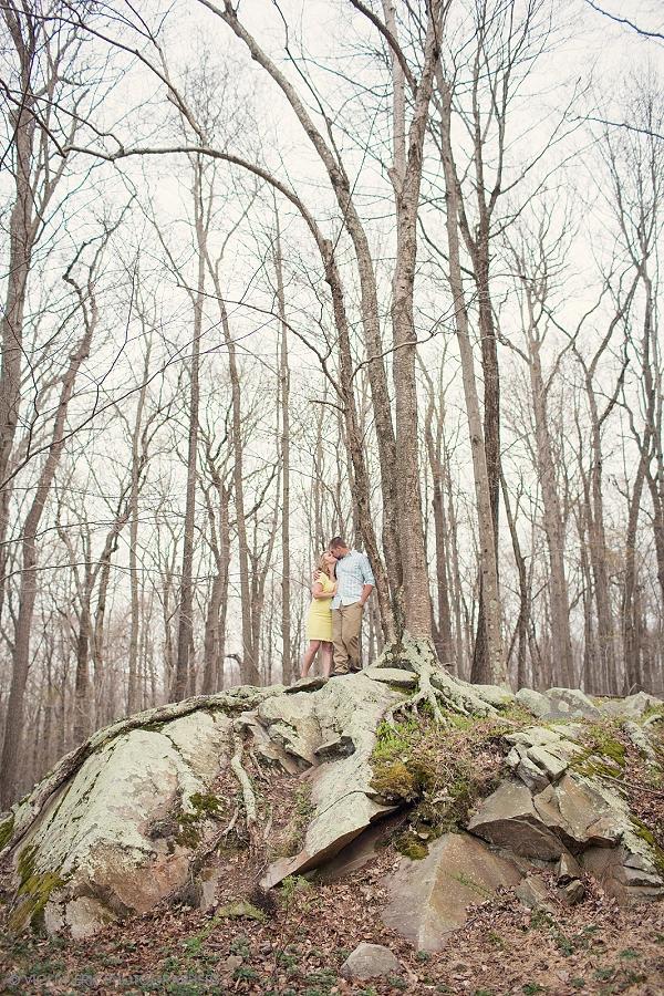 best_engagement_photos_huntington_state_park_redding_ct