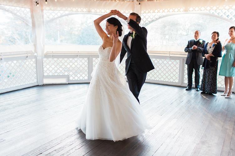 Inn_at_Mystic_Wedding_Photographer_CT_Mansion_Classic_Wedding_Vicki_Plus_Erik